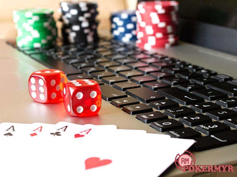 Play Poker Online and Win Cash Prizes